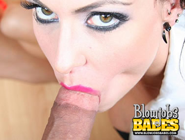 Sarah Jessie Showcases Her Oral Skill